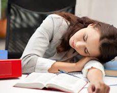 仮眠をすることで得られる効果とは?